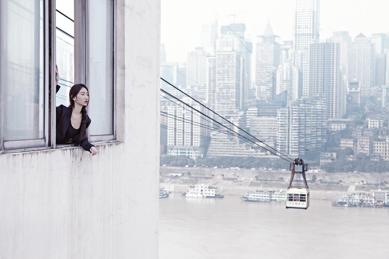MatthieuB-LIFE-1203_LIFE_EDIT-WOMEN_Chongqing_21_825Height